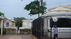 Solução de segurança para portão de condomínio